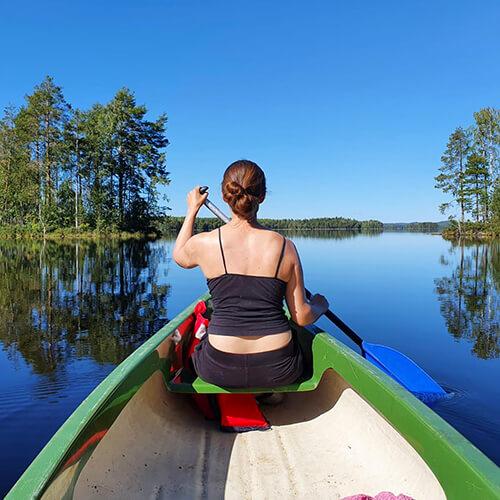 Vuokraa kanootti ja lähde järvelle